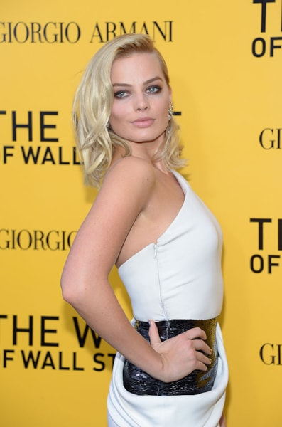 """NEW YORK, NY - DECEMBER 17:  Actress Margot Robbie attends Giorgio Armani Presents: """"The Wolf Of Wall Street"""" world premiere at the Ziegfeld Theatre on December 17, 2013 in New York City.  (Photo by Michael Loccisano/Getty Images)"""